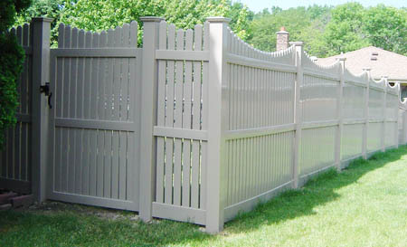 pvc scalloped picket fence